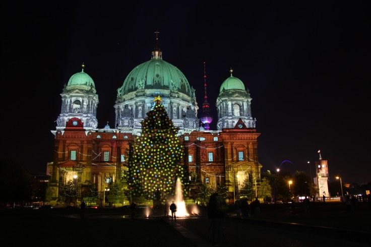 berliner-dom-christmas-tree-festival-of-lights